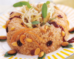 Brown Rice With Chicken And Mixed Nuts
